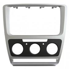 Переходная рамка для автомобиля Skoda Octavia A5